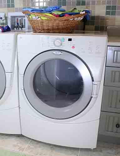 Coloca tu ropa recién lavada en la secadora inmediatamente.