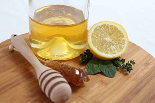 Usa miel y limón