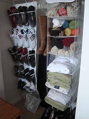 Consigue un colgador de zapatos para tu armario