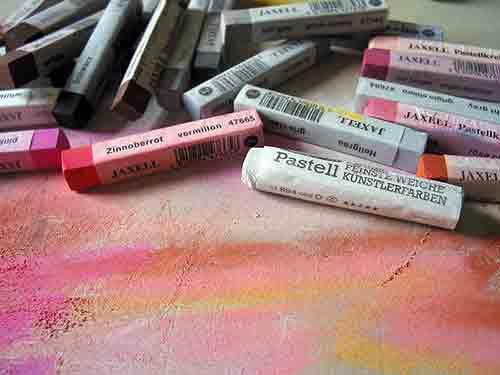 Conoce las cualidades de los crayones pasteles