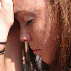 Cómo cambiar de introvertido a extrovertido