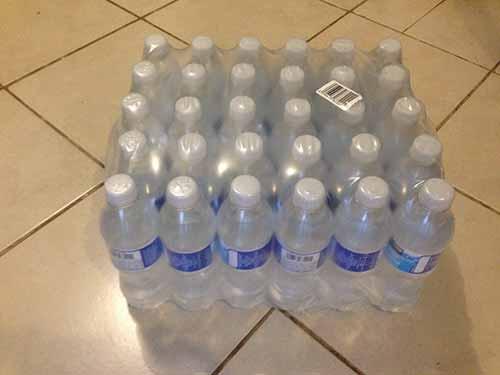 Compra paquetes de botellas de agua